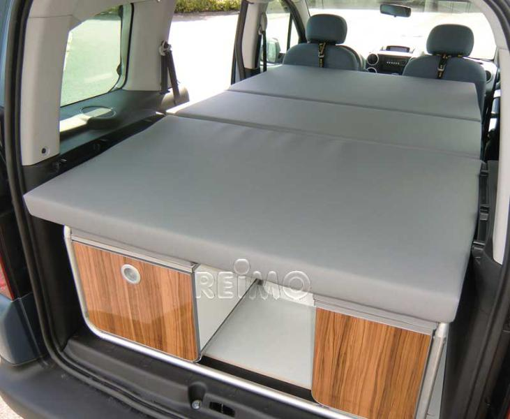 vw caddy active. Black Bedroom Furniture Sets. Home Design Ideas